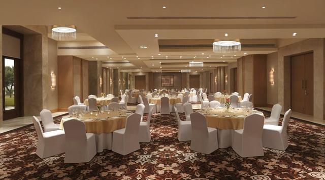9_DoubleTree_by_Hilton_Agra_-_Grand_Ballroom