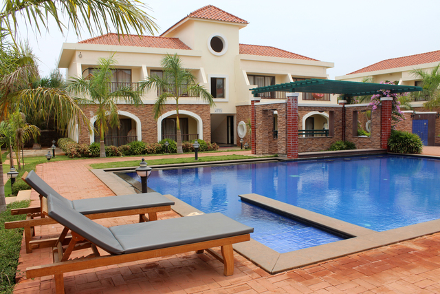 Grand serenaa hotels and resorts pondicherry use coupon code bestdeal for Hotels with swimming pool in pondicherry