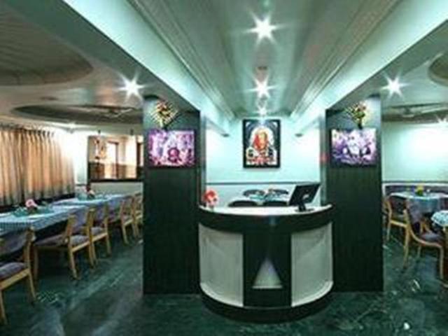 neeta-international-hotel-shirdi-restaurantjpg-71951542294g