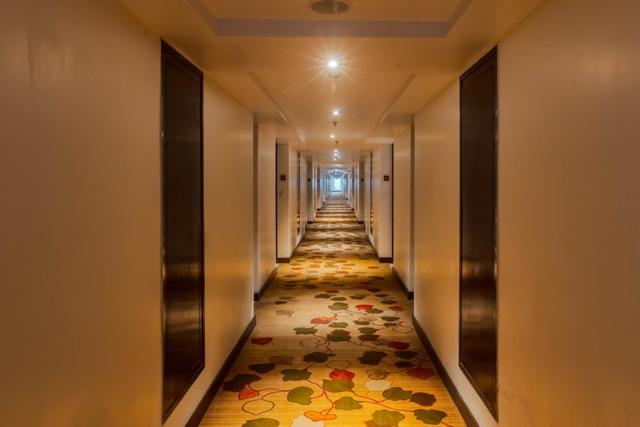 15_corridor