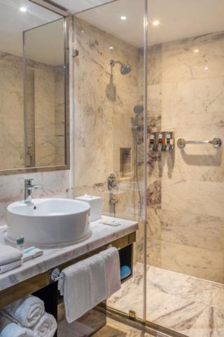 24_Washroom