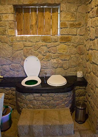 bathroomtoilet