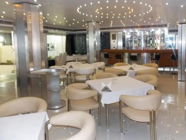 airport-city-hotel-kolkata-restaurant-44934583904fs