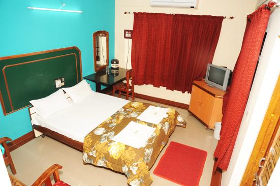 Hotel_Navaratna_Deluxe_(8)