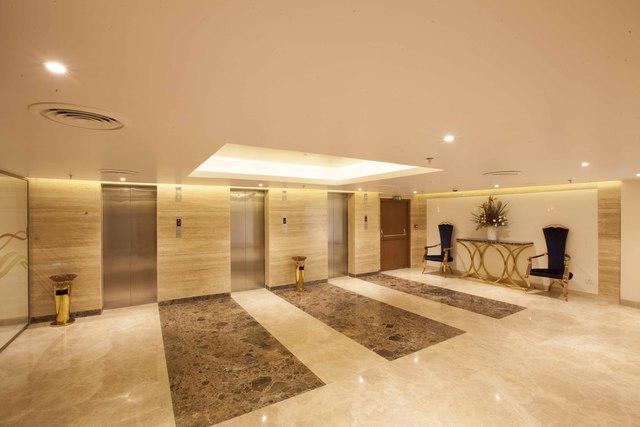 Floor_entrance