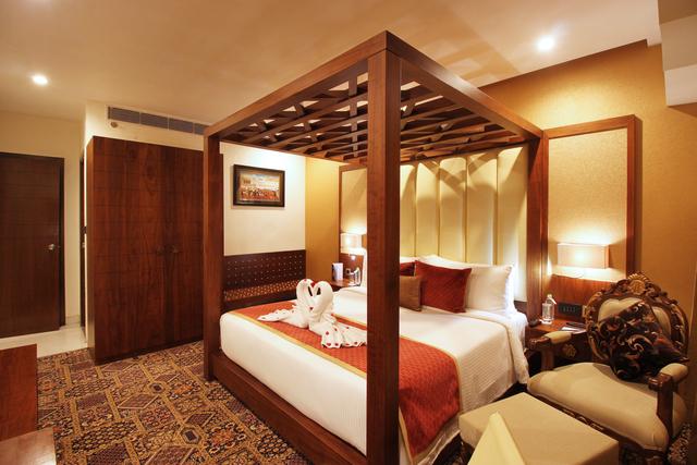 Suite_Room_(0)