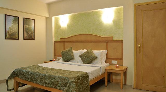 India_Shirdi_Hotels_13783_22