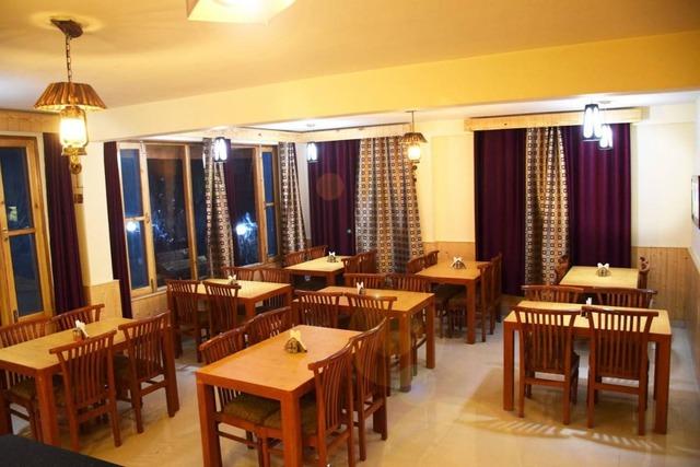 hotel-mahavir-manali-restaurant-111871582992-jpeg-fs