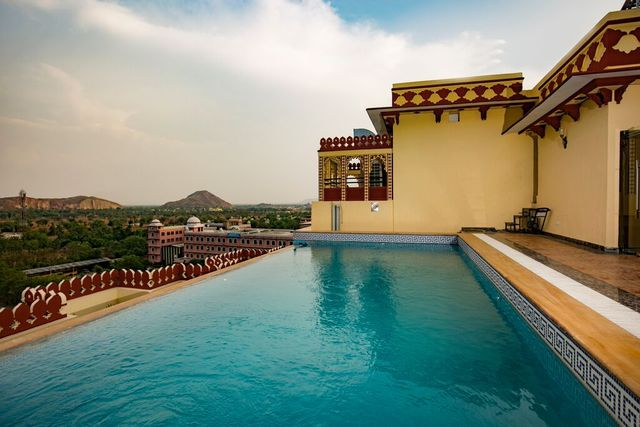 Umaid_Haveli_Hotel___Resort_(22)