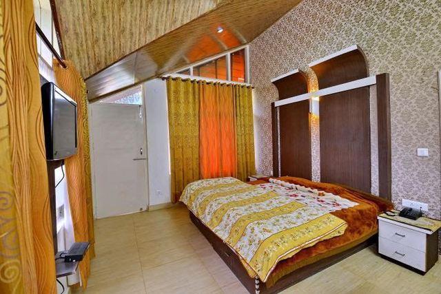 guest_room_8