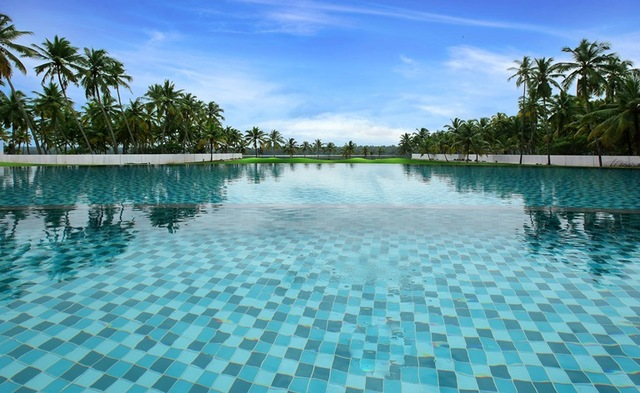 Infinitive_pool_view7