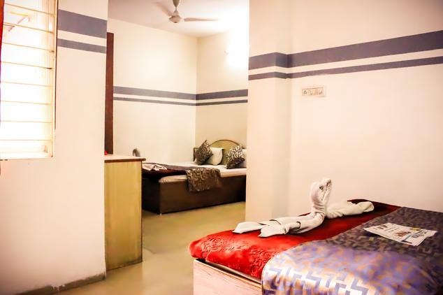 hotel-care-residency-indore-guest-room-67659791584g