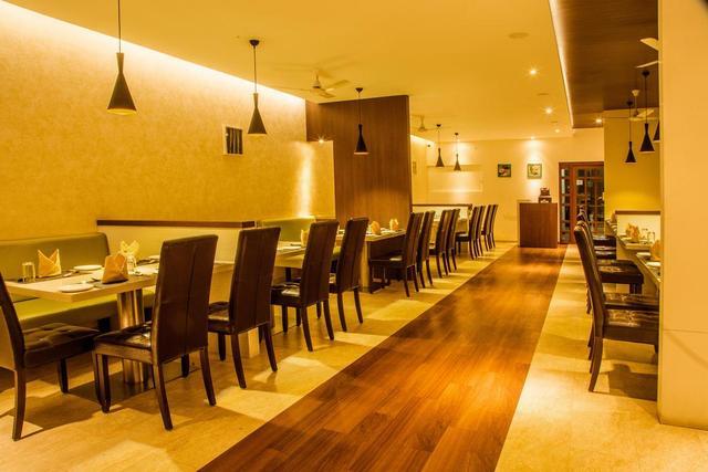 Hotel Gayathri Tirupur Room Rates Reviews Amp Deals