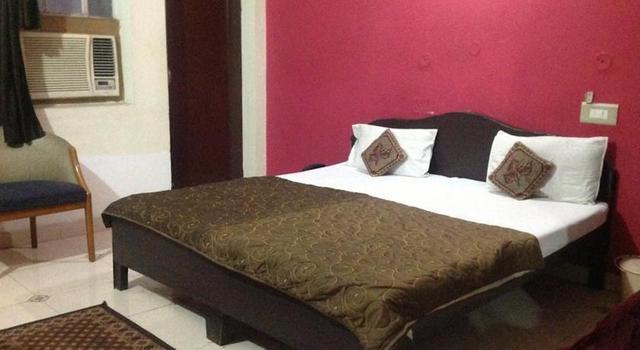 hotel-rajwada-palace-jaipur-interior-70784440705fs