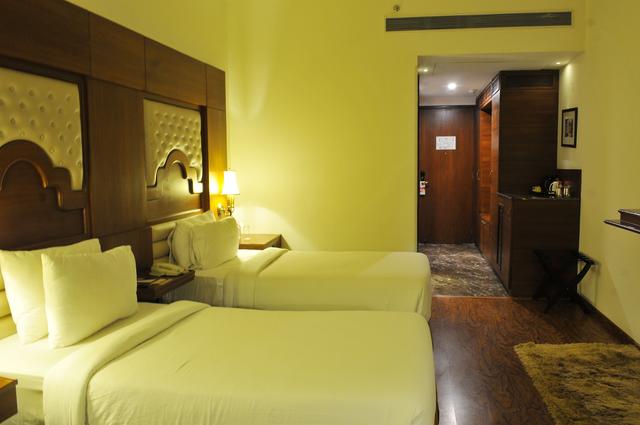 Executive_Twin_Bedroom_2
