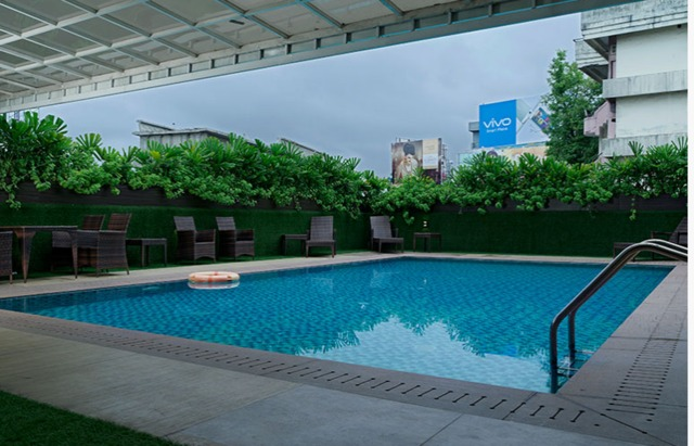 The Pgs Vedanta Hotel Kochi Room Rates Reviews Deals