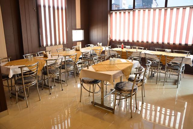 restaurant-and-bakery-9