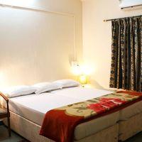 Room_.