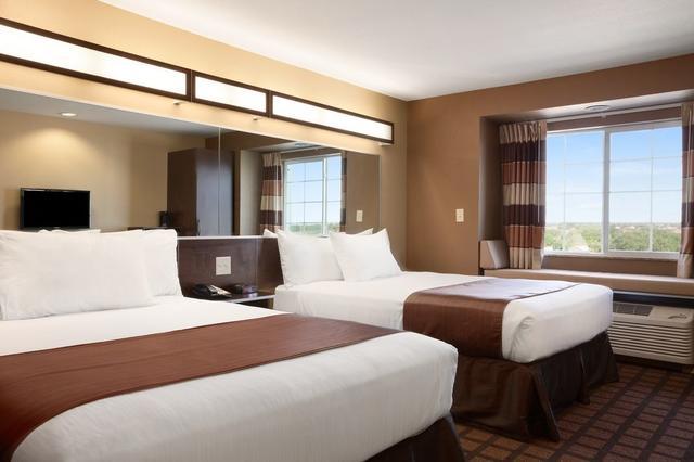 Microtel Inn Suites By Wyndham Kenedy
