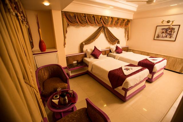 Room_-_2_Bed_-_3