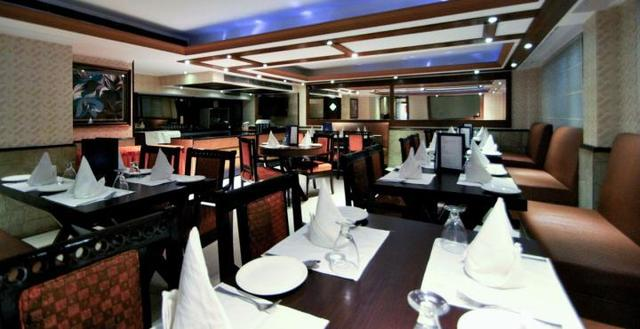2._Dawat_Restaurant