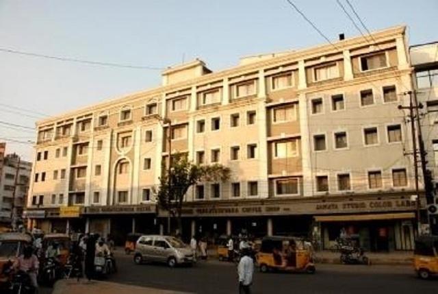 shree-venkateshwara-lodge-lakdi-ka-pool-khairatabad-hyderabad-5