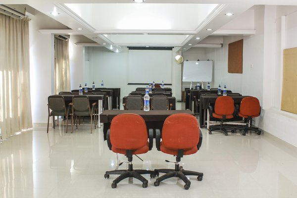 Conference_Hall_(2)_1