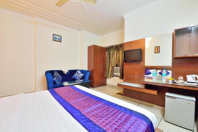 centra_inn_family_room