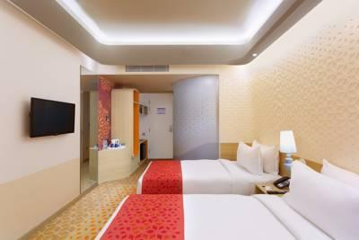 Holiday inn express chennai mahindra world city chennai use coupon 34220419 34219778 34220365 mahindra world city gumiabroncs Gallery