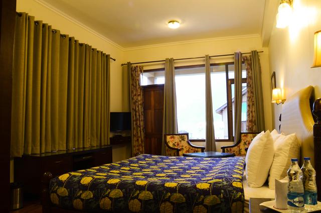 Villa_Bedroom_(2)
