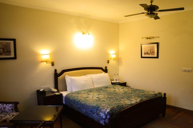 Villa_Bedroom_III_(1)