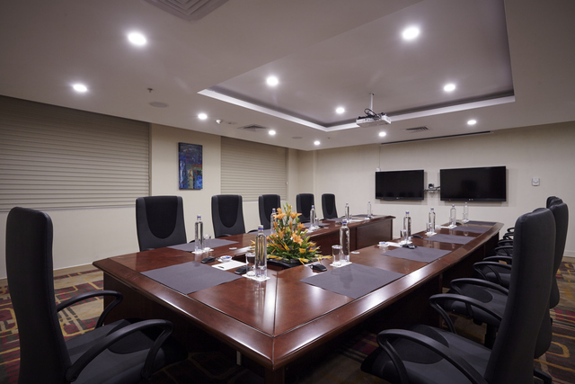 Conference_Room_2_ok