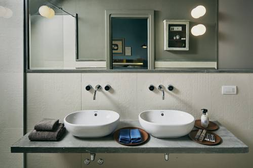 Hotel Borgo Nuovo : Hotel borgo nuovo milan reviews photos room rates