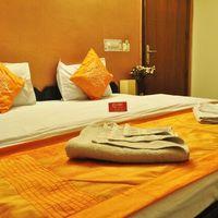 OYO_Rooms_Noida_Sector_51_(1)