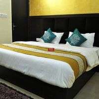 OYO_Rooms_Noida_Fortis_Hospital_(4)
