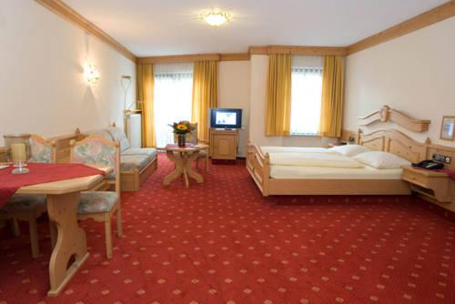 Landhaus Alte Scheune, Frankfurt/Main. Use Coupon >>STAYINTL ...