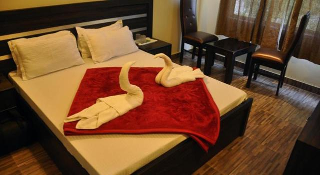 Hotel_Ganges_Park_Room_2