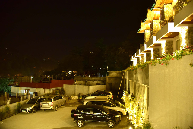 parking-seasons-nainital