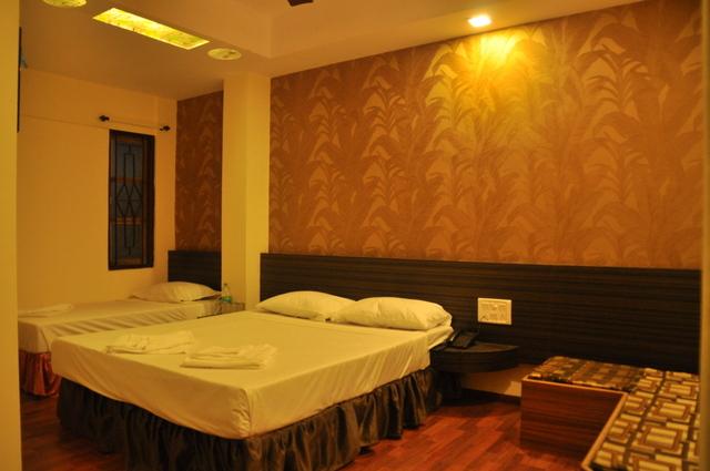 Deluxe-Room-19-1024x680