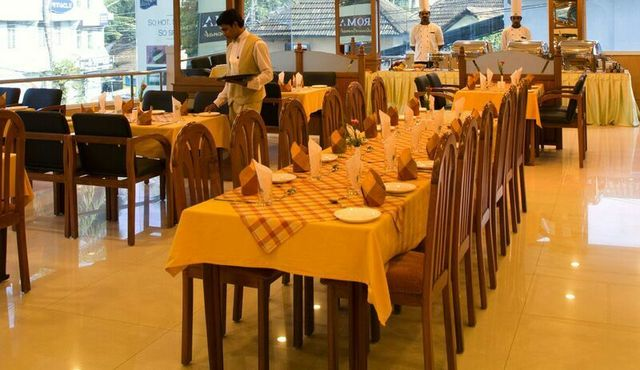 dining-pic-2